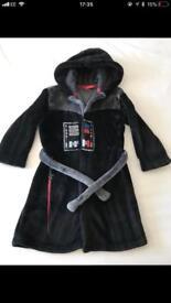 Boys Star Wars dressing gown 4-5