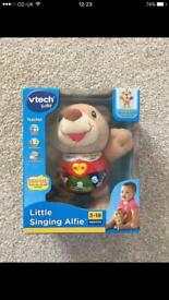 Little singing Alfie