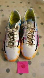 Football boots size 5.5 messi