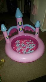 Princess ball pit/ paddling pool