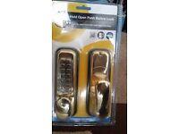 Yale Hold open door lock (code door lock) - Brand New