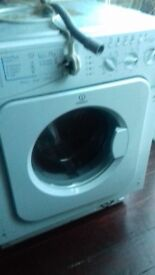 Indesit integrated washing machine for spares or repair