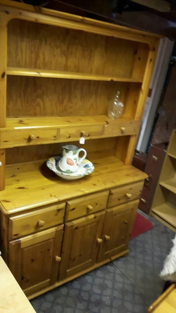 Quality Solid Pine 3 Drawer Welsh Dresser
