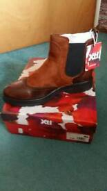For sale new ladies xti boot's