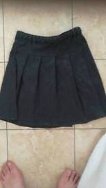Girls pleated grey school skirt 10-11yes