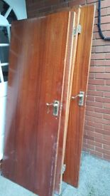 Free internal doors x6. Handles and hinges included.