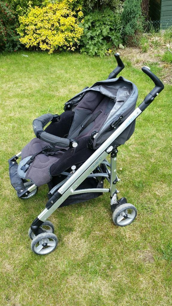 Pushchair loola bebe confort with car seat in reigate - Bebe confort loola accesorios ...