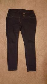 Next maternity jeggings size 12 short
