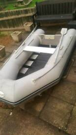 Waveline dinghy