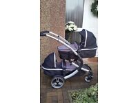 Double pram/pushchair (like new only used gor a short time)