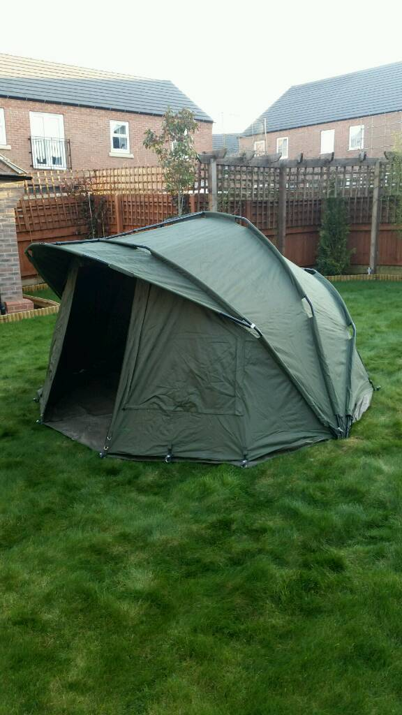 fdc2e04fd64b1 Trakker armo mk2 2 man bivvy with extended over wrap
