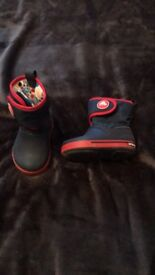 Crocs warm & waterproof boots size 6