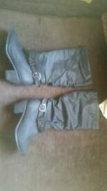 Size 5 new look boots