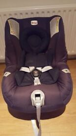 Britax reclining carseat from birth 3 years