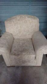 Sofa / Settee / Armchair