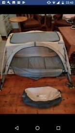 Twin arch Little life travel cot