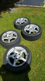 Honda S2000 AP1 alloy wheels and tyres.