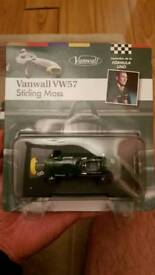 Stirling Moss Vanwall VW57 #8 formula 1 1957 1:43 scale by Altaya