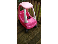 Little Tikes Cosy Coupe Car in Pink