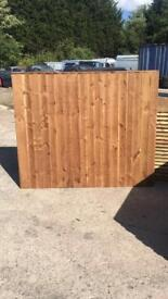 Fence panels / vertical panels / wooden panels / featheredge panels