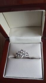 GREAT PRICE - Stunning, quality, beautiful Platinum and diamond shaped 1 carat cluster ring - size M