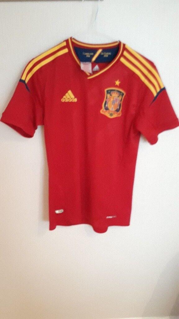 Adidas Boys 'SPAIN' Football Shirt..