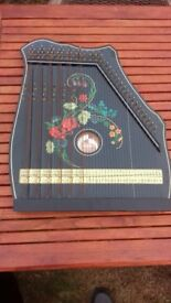 Zither made by Musima in good condition