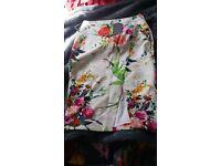 Ladies stunning oasis skirt brand new