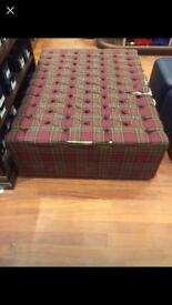 Puffy seat large Footstool