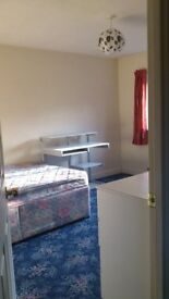 FURNISHED DOUBLE ROOM FOR NON-SMOKER IN WILLEN £450 , LARGE ENSUITE DOUBLE ROOM £570 PER MTH WILLEN