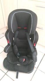 Halfords Essentials Car Seat