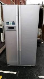 Fridge freezer L. G.american fully working offer 9 months guarantee and free delivery