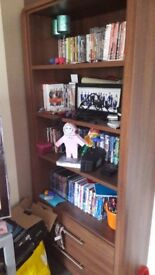 Book/dvd case and display unit