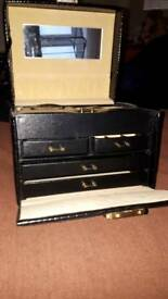 Black jewellery box