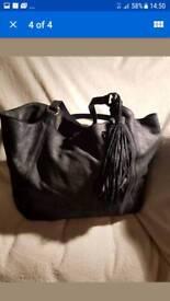 Savannah nine handbag