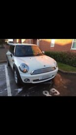 White Mini excellent condition just been serviced and mot'd in Sept.