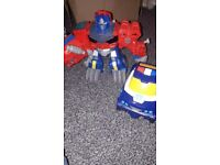 Large PLAYSKOOL Transformers Rescue Bots - Optimus prime and flip change