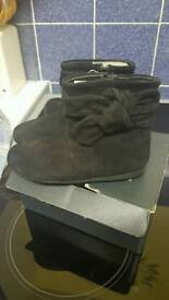 Zara black boots girls size 6 infant brand new with tag