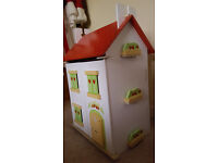 Le Toy Van Tutti Fruitti Dolls House Complete with Furniture and Dolls