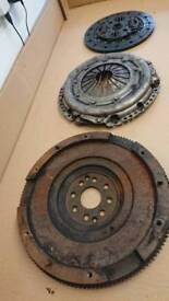 FORD MONDEO 2,5 V6 FLYWHEEL AND CLUTCH KIT VGC