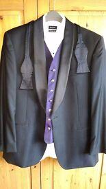 Pierre Cardin Evening Suit/Tuxedo - Complete package