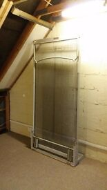 SINGLE WALL BED Sprung loaded all steel construction