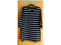 Striped black and white tunic SIZE M
