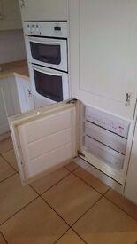 Kitchen storages, oven, dischwasher, kitchen island, sink, hob