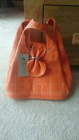Orange handbag (Tom & eva)
