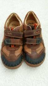 Clarks boys shoes size 11.5 in very good condition.