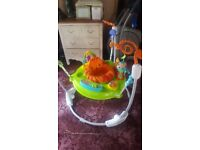4.9 (107) Ref:151140 Fisher- Price Roaring Rainforest baby jumperoo
