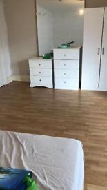 MASSIVE Super large Master Bedroom in Gilllingham