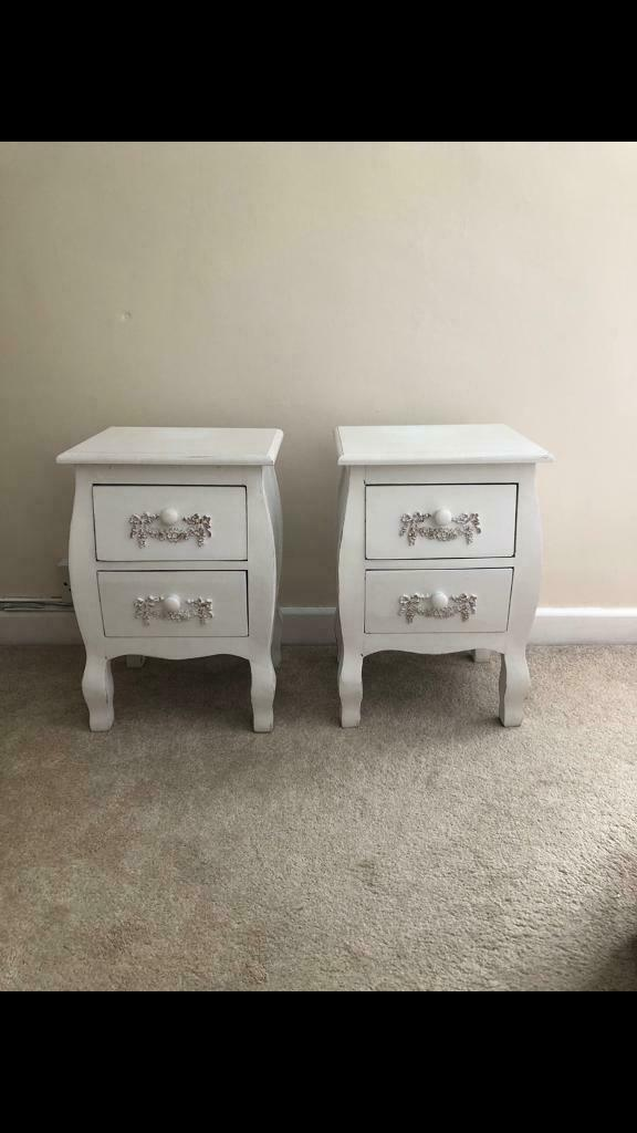 Picture of: Shabby Chic Cream Bedside Tables In Pentre Rhondda Cynon Taf Gumtree