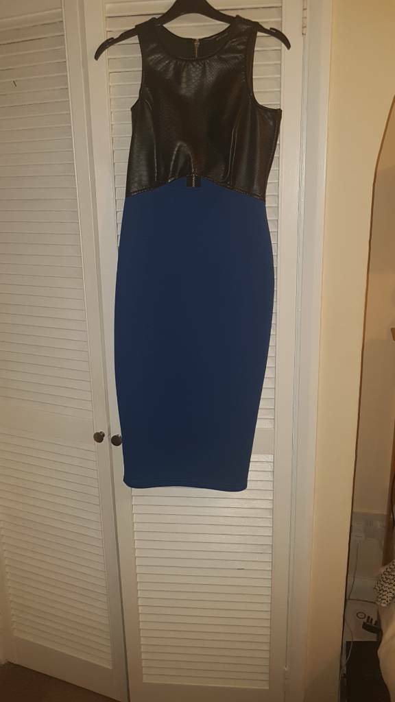 River island 3/4 length dress